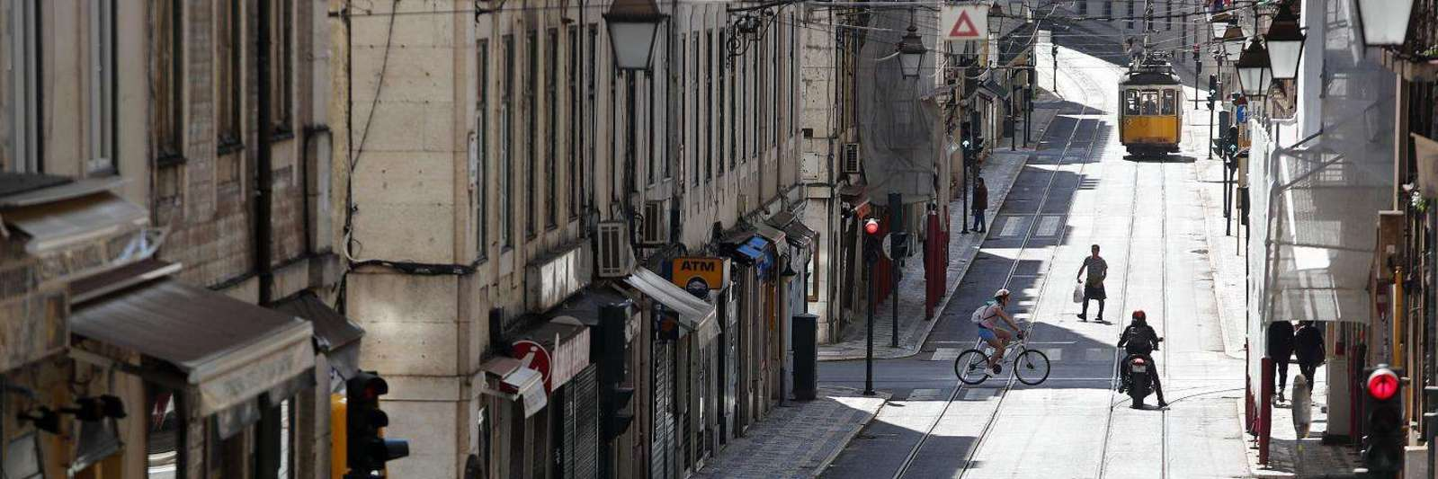 Der zweite Corona-LockDown in Portugal: leere Straßen